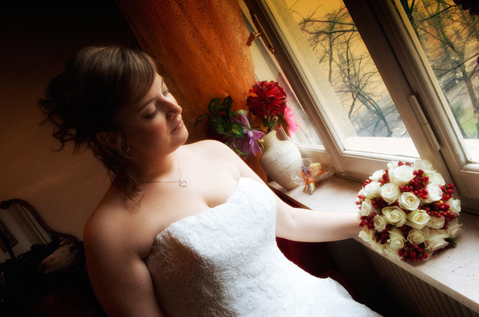 roberto-treccani-sposa-alla-finestra
